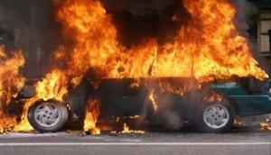 انفجار سيارة مدير قناة برقة بعبوة لاصقة في إجدابيا