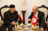 رئيس مجلس النواب يصل تونس ويلتقي رئيس الجمهورية التونسي