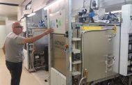 الانتهاء من تركيب 3 أجهزة جديدة خاصة بالتعقيم في مركز بنغازي الطبي
