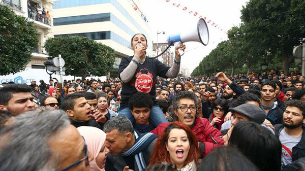 أحزاب وجمعيات تدعو لمسيرة